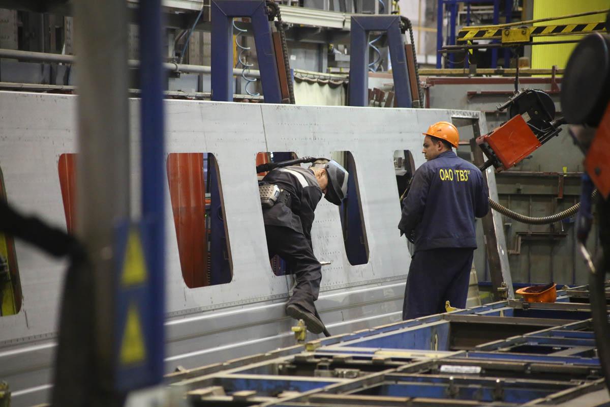 Как собирают вагоны для пассажирских поездов - 1
