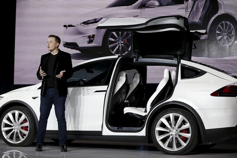 Илон Маск отказался от планов по превращению Tesla в частную компанию - 2