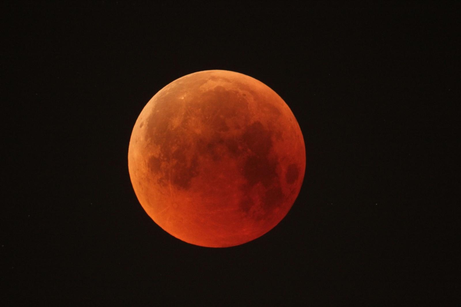 Кирпичи из лунной пыли - 3