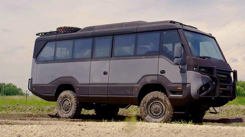 Первый в мире внедорожный автобус?