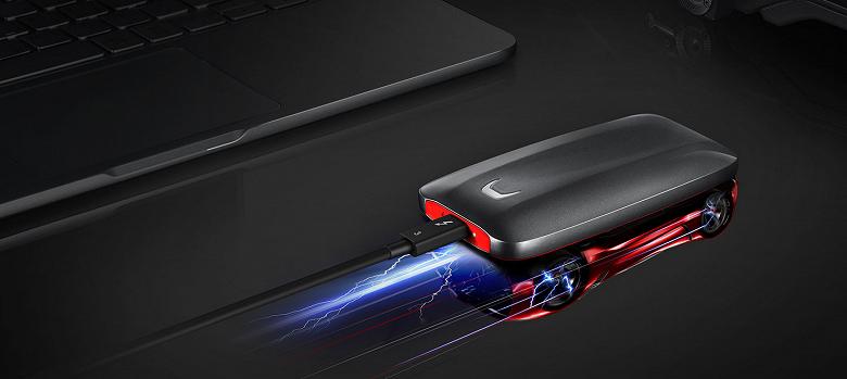 Сверхбыстрый карманный накопитель Samsung Portable SSD X5 стоит от 27 990 до 94 990 руб.