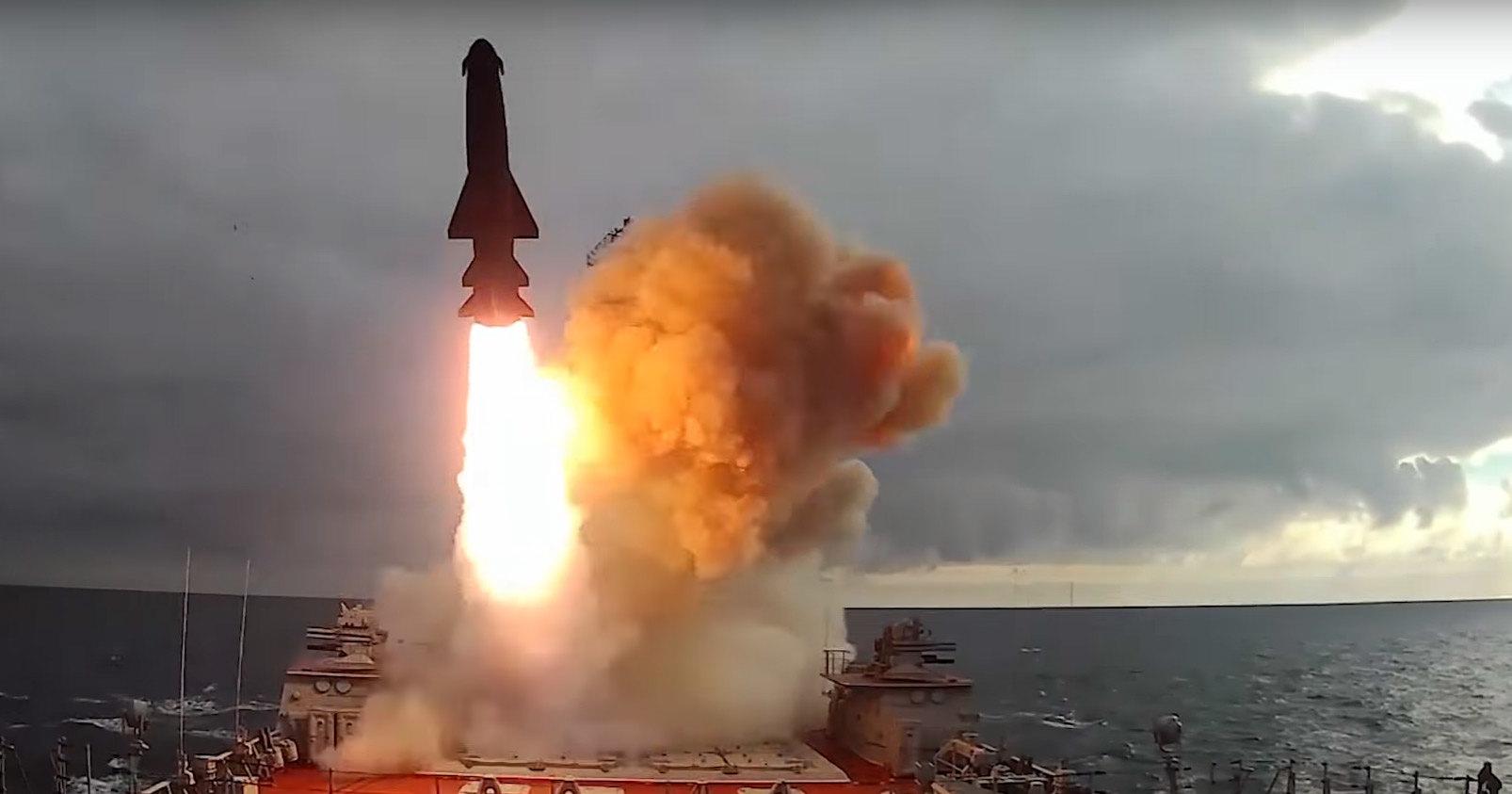 Минобороны похвасталось крылатыми ракетами