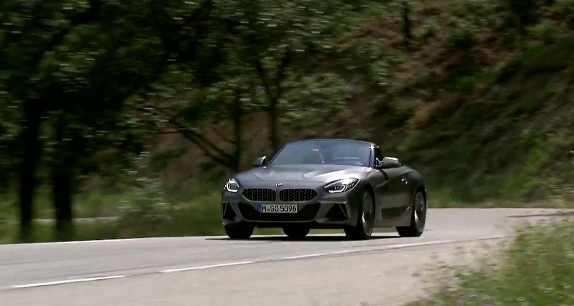 Новый BMW Z4 в движении: видео