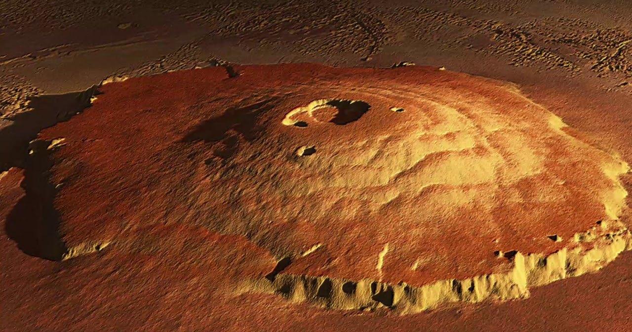Почему на Марсе такие высокие горы?