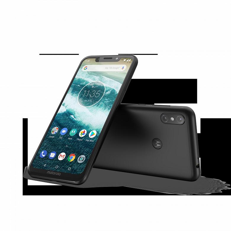 Представлены смартфоны Motorola One и One Power - 3