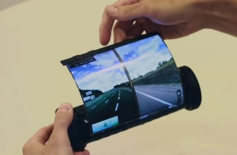 Представлен смартфон в форме свитка
