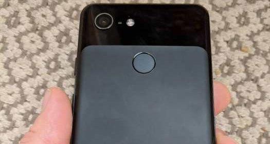Смартфон Google Pixel 3 показали на живых фото