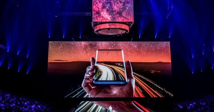 Samsung: новейшие функции начнут появляться на телефонах среднего класса