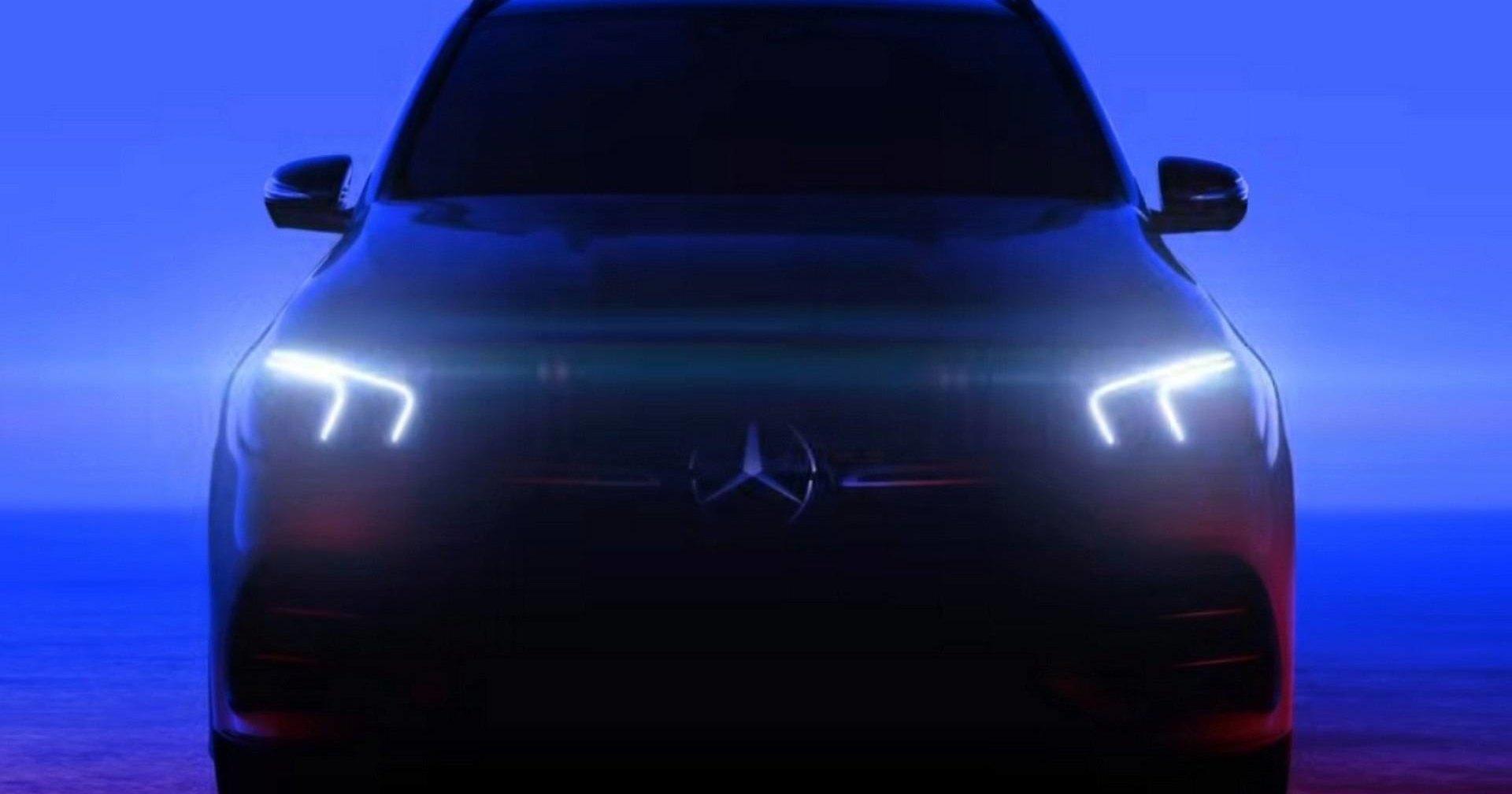 Новый Mercedes-Benz GLE показали без камуфляжа