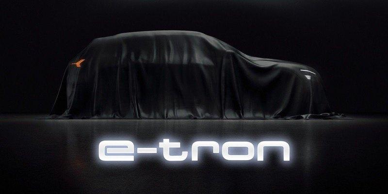 Audi показала тизеры своего первого серийного электромобиля