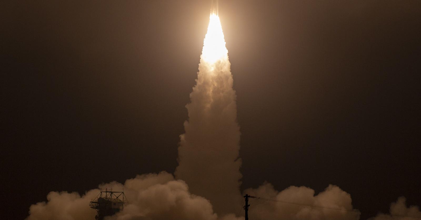 NASA запустило спутник для контроля состояния полярных льдов