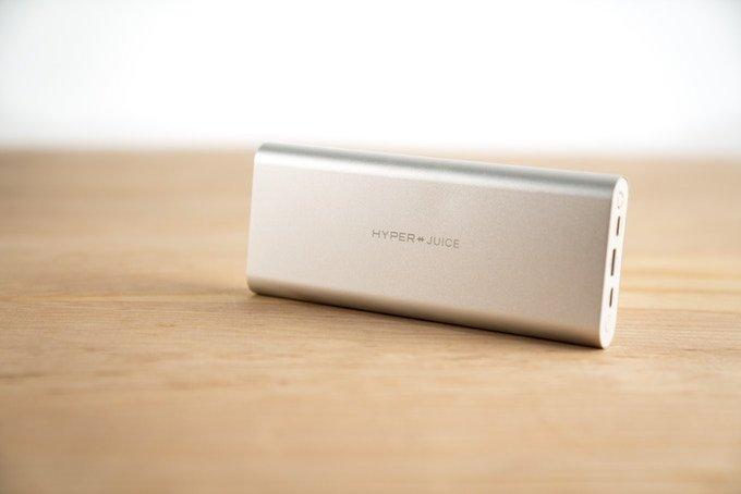 Внешний аккумулятор HyperJuice: 27 000 мА·ч, суммарная мощность в 130 Вт и два порта USB-C