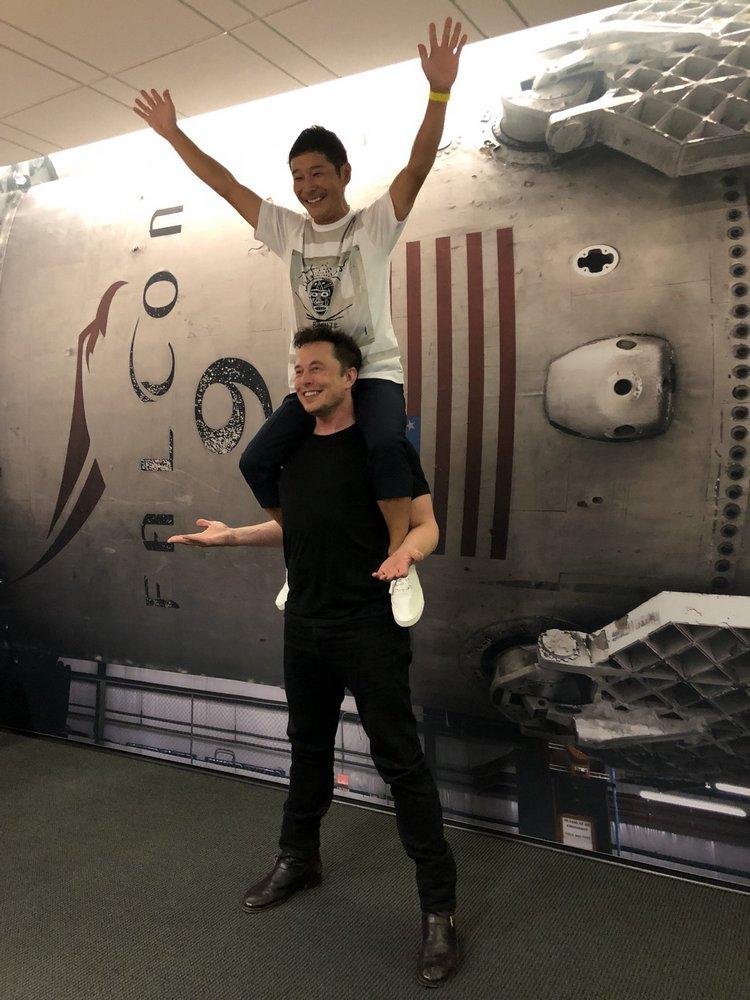 Встречайте первого лунного туриста - 8