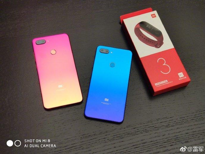 Глава Xiaomi показал смартфон Mi 8 Lite