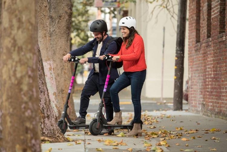 Электрические скутеры Lyft появились на улицах Санта-Моники