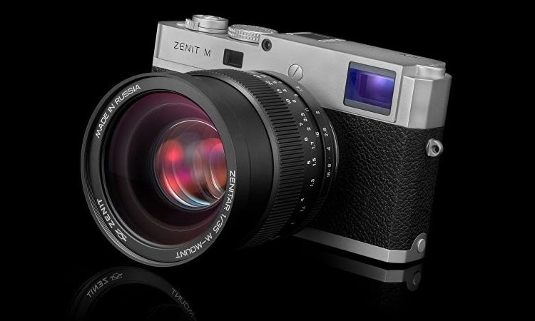 Made in Russia: анонсирована цифровая камера Zenit M