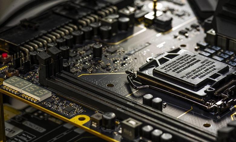 Системная плата EVGA Z390 Dark будет адресована энтузиастам разгона