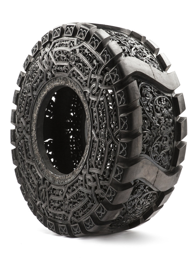 Как превратить шины в экспонат для галереи?