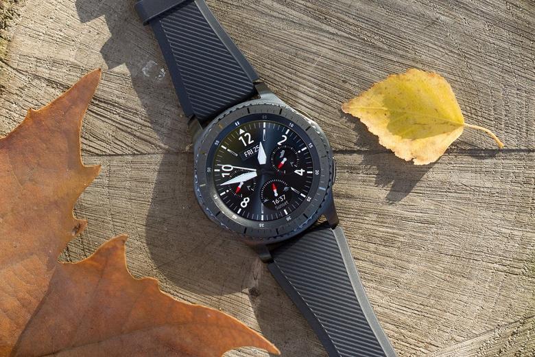 Умные часы Samsung Gear S3 теряют заряд после очередного обновления