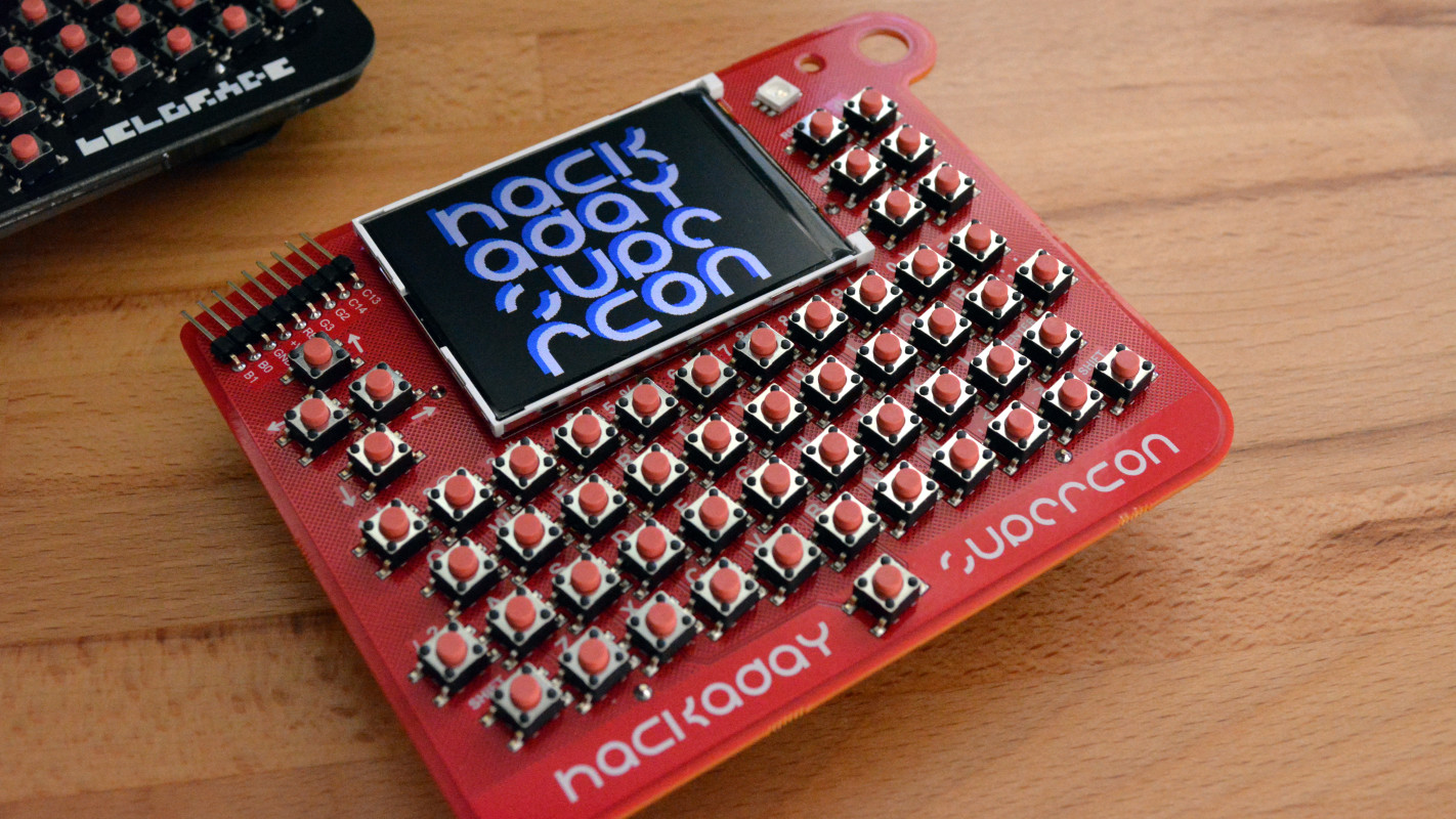 Второй ретрокомпьютер-бейдж от Hackaday - 1