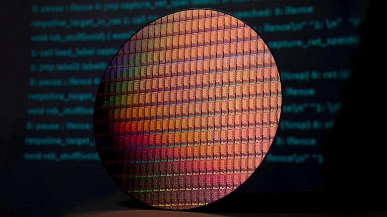 Intel может полностью отказаться от 10-нанометрового техпроцесса