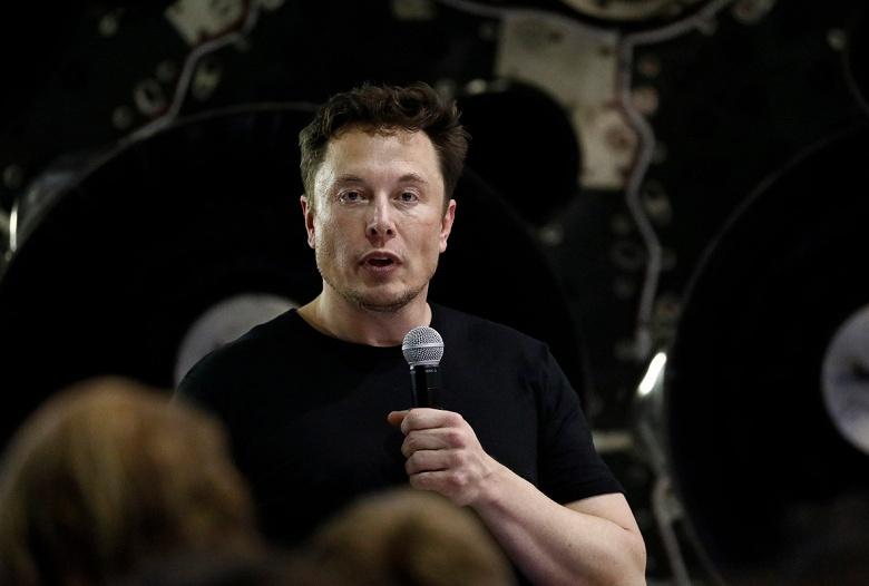 Илон Маск пообещал запустить первую ветку Hyperloop уже в декабре