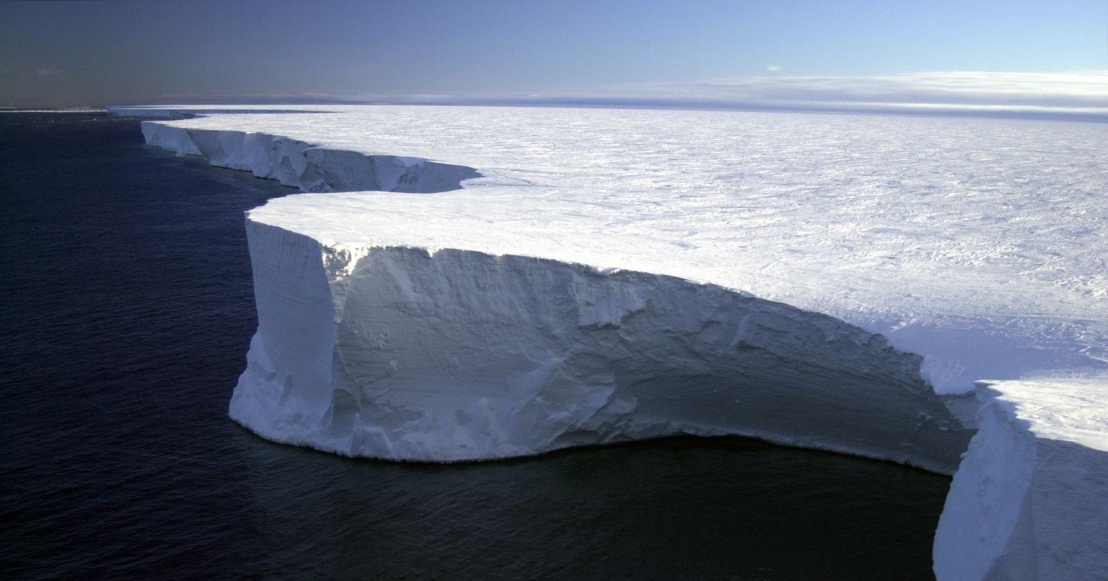 Как на самом деле звучит антарктический ледник?