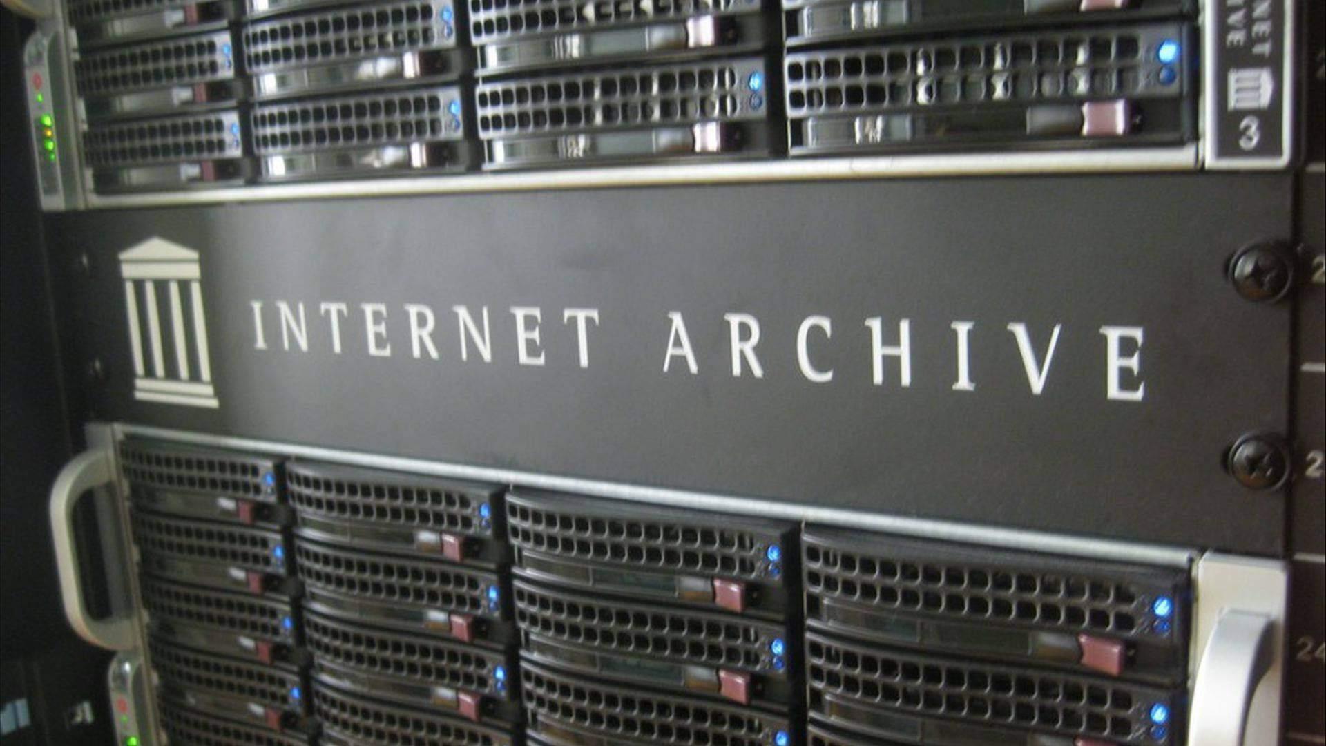 """Справочная: """"Архив Интернета"""" — история создания, миссия и дочерние проекты - 1"""