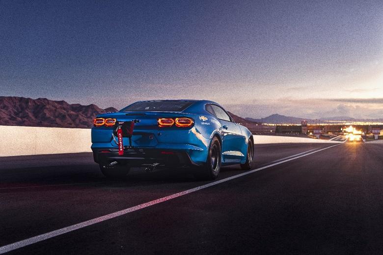 Легендарный маслкар Chevrolet Camaro превратился в электромобиль