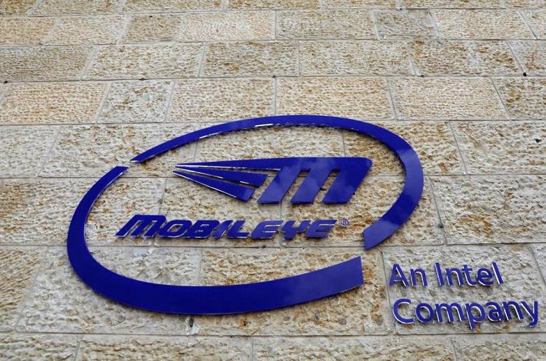 Уже в начале будущего года в Израиле будет создан первый сервис проката самоуправляемых автомобилей