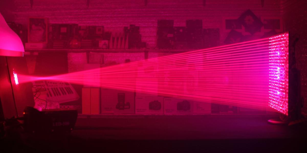 500 лазерных указок в одно место - 1