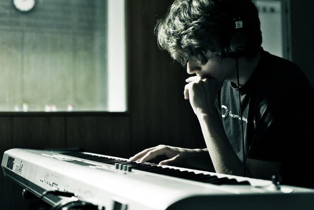 В обход лейблов: SoundCloud запустил прямые сделки с музыкантами — условия раскритиковали - 1