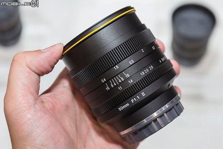 Объектив Kamlan 50mm f/1.1 II для беззеркальных камер стоит 150 долларов