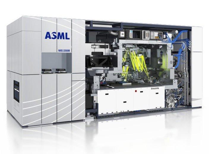 ASML надеется заработать больше, ощутив увеличение спроса на оборудование для EUV-литографии