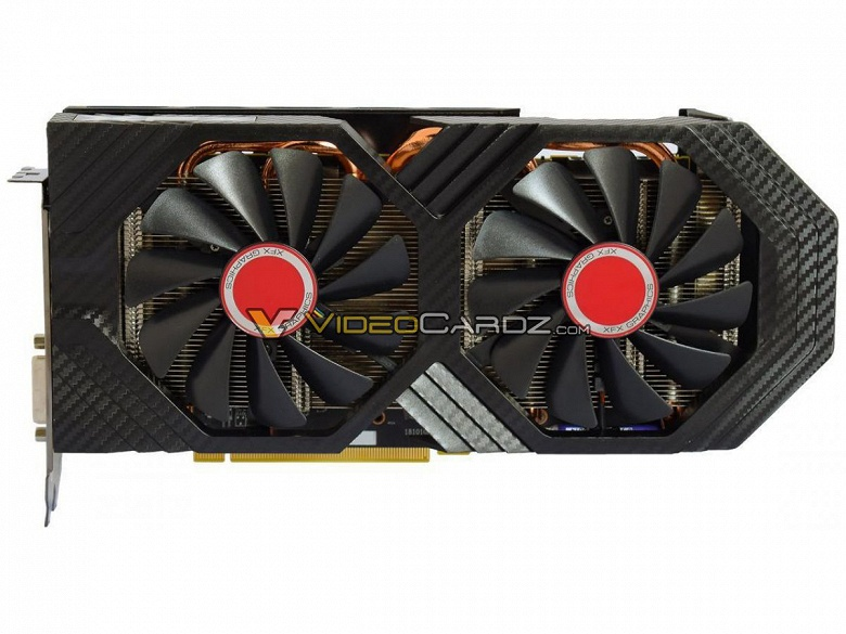 Видеокарта XFX Radeon RX 590 Fatboy позирует на изображениях