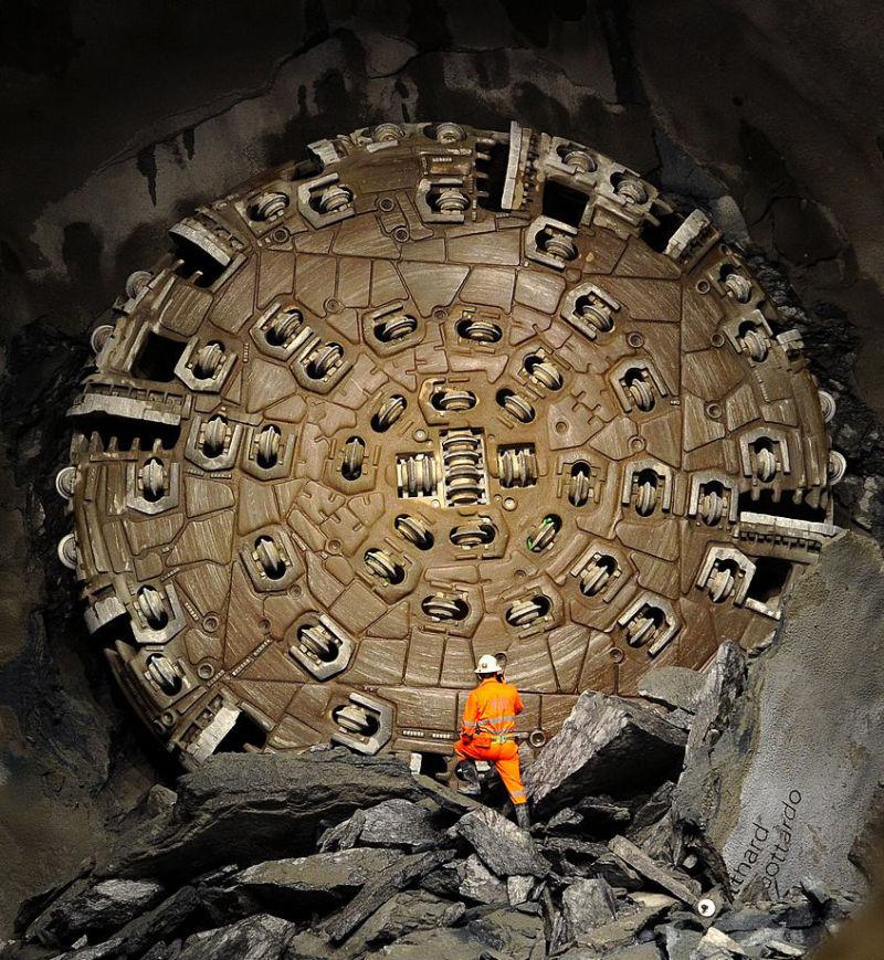Пробурен первый тоннель Boring Company Илона Маска - 1