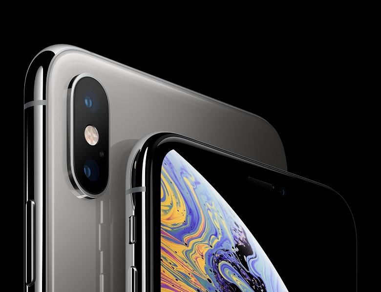 Аналитики снова понизили прогноз продаж смартфонов Apple iPhone: в следующем квартале они упадут вдвое, до 39 млн штук