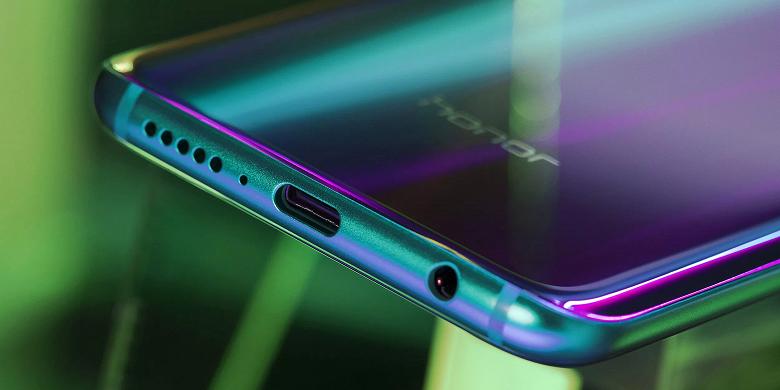 Huawei тестирует ОС Fuchsia на смартфоне Honor Play