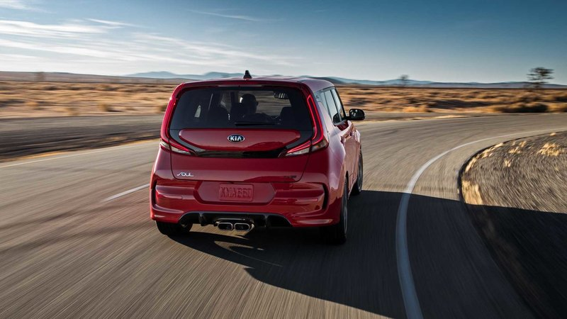 Kia показала третье поколение «автомобиля-коробки»