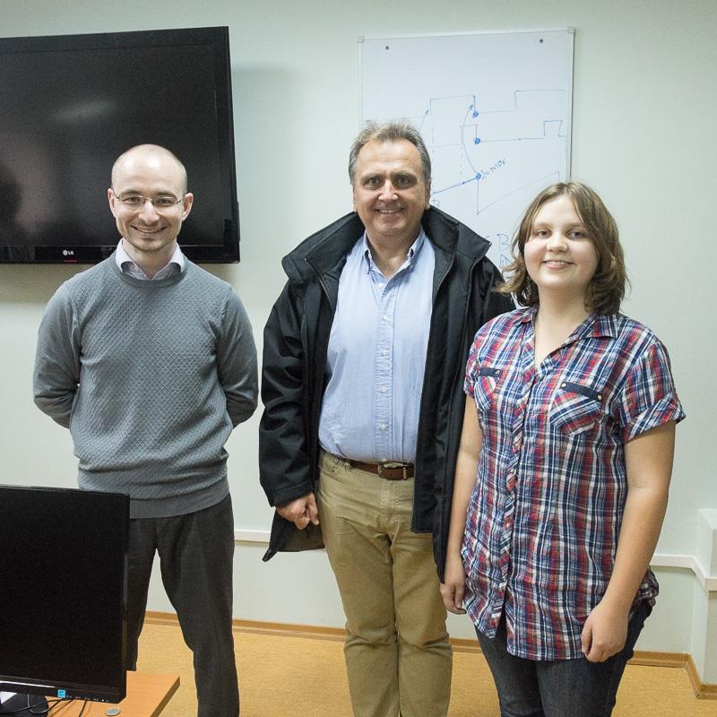 Десятиклассница из Сибири хочет стать проектировщицей процессоров. Почему бы ей не сделать нейроускоритель на ПЛИС? - 13