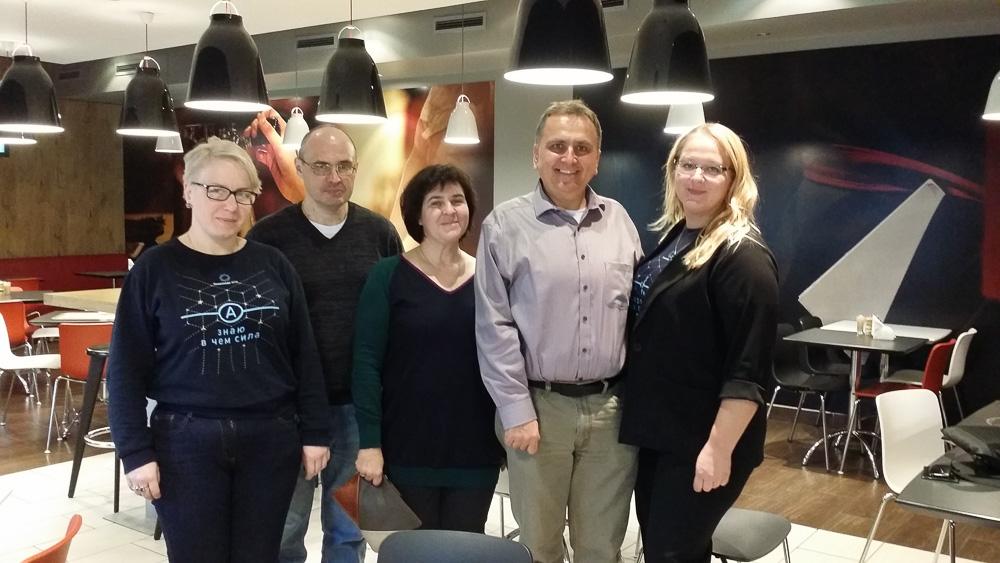 Десятиклассница из Сибири хочет стать проектировщицей процессоров. Почему бы ей не сделать нейроускоритель на ПЛИС? - 3