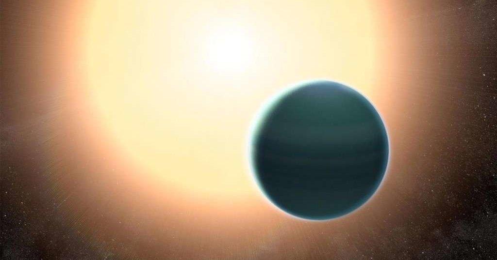 Открыта похожая на комету гигантская планета