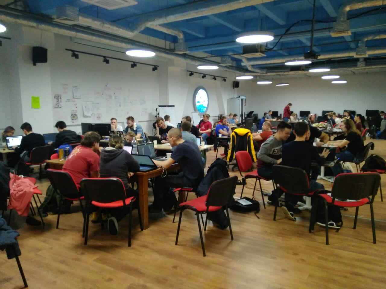 Офис полон участниками Ludum Dare