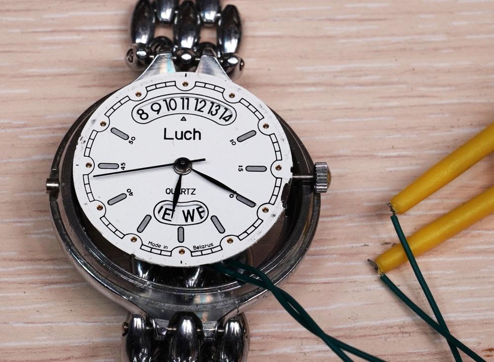 Гикпорн наручных кварцевых часов «Луч» — и немного оверклокинга - 2