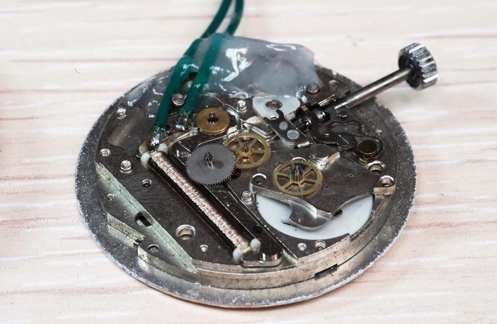 Гикпорн наручных кварцевых часов «Луч» — и немного оверклокинга - 4