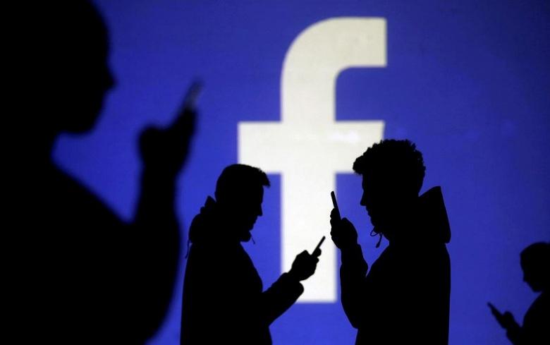 Ирландский регулятор расследует случай с ошибкой в сети Facebook