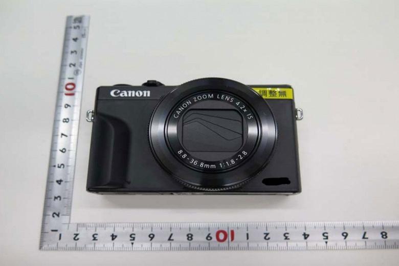 Появились первые фотографии камеры Canon PowerShot G7 X Mark III