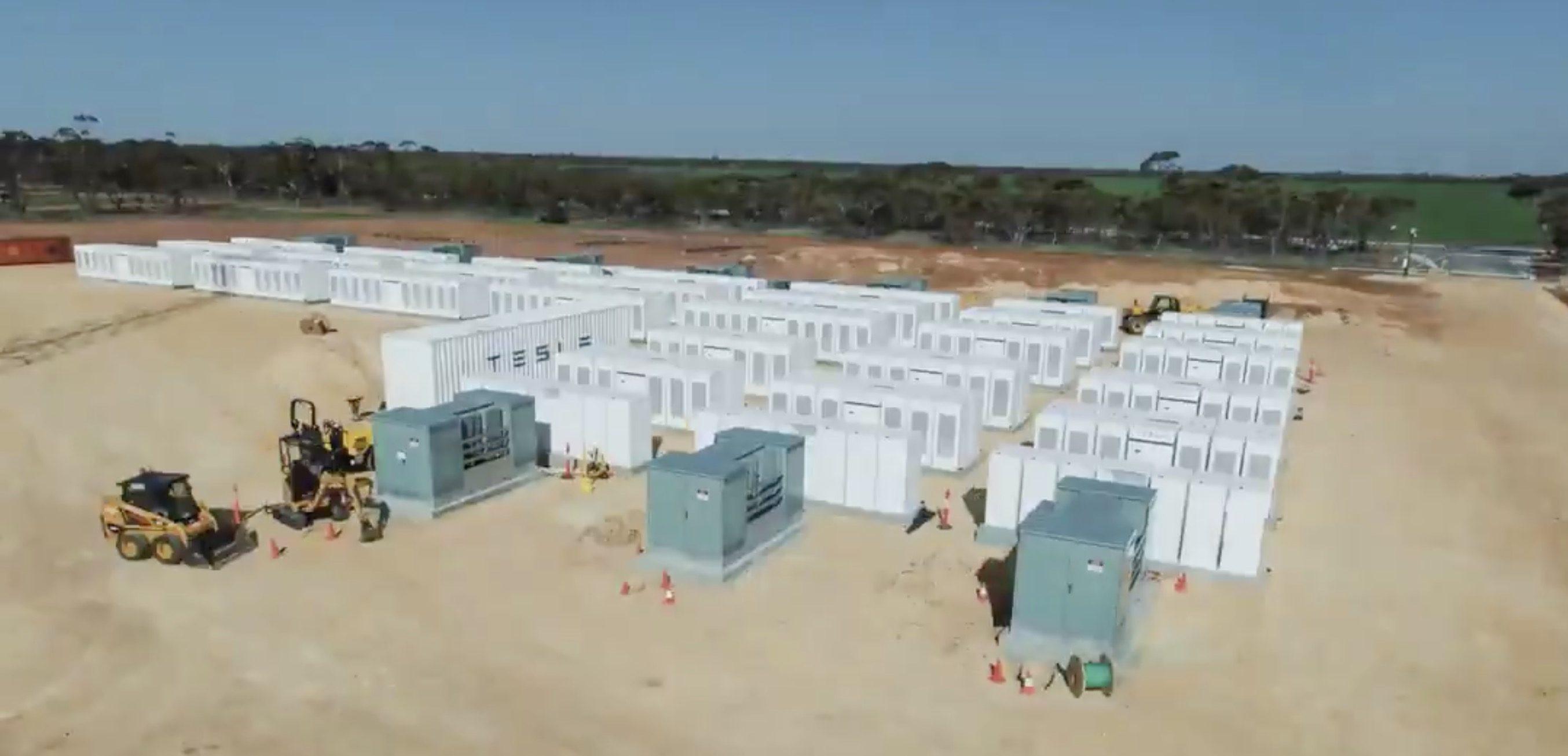 Тесла планирует устанавливать новые массивные стационарные аккумуляторные батареи в Калифорнии - 1