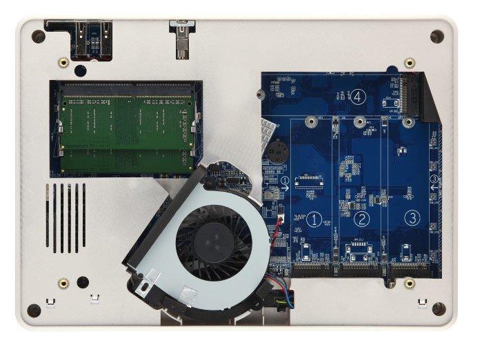 Компактное хранилище QNAP TBS-453DX NASbook располагает четырьмя слотами M.2-2280