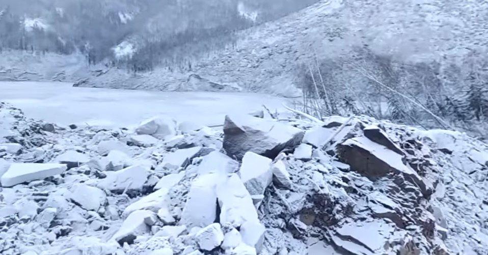 Хабаровский метеорит превратил гору в щебень: видео